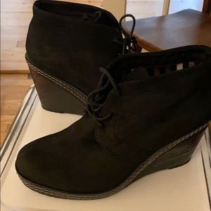 Dr scholls black suede ankle booties